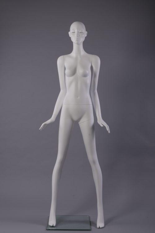 manichino donna stilizzato con ciglia