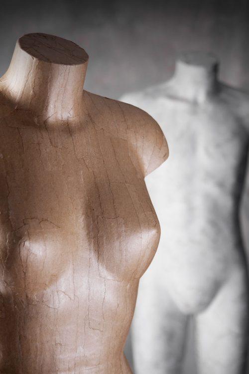 Manichino da donna in legno
