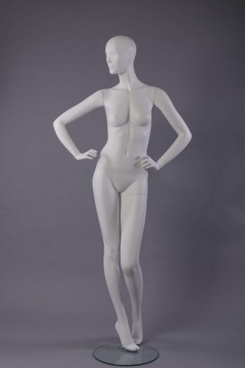 manichino donna stilizzata