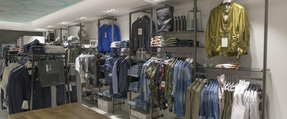 Espositori per negozio di abbigliamento da uomo
