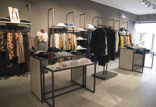Realizzazione negozio abbigliamento Trevor a Peschiera (Verona)