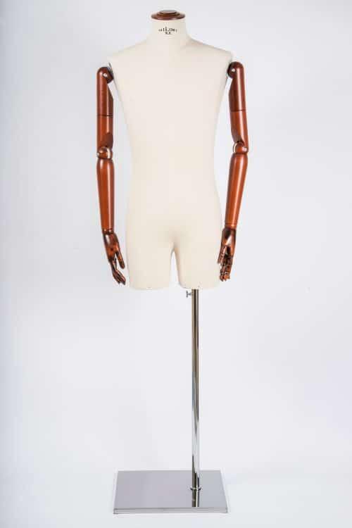 busto uomo con gambe tailor