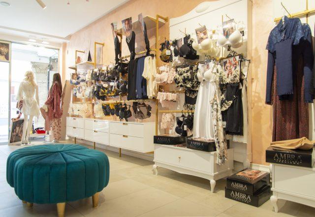 negozio intimo e costumi